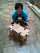 オリジナルデザインの椅子を制作中